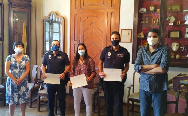 Ciutadella compta amb tres nous funcionaris de carrera al cos de la policia local